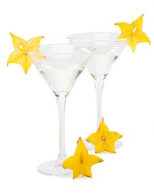 Free Martini Glass And Carambola Royalty Free Stock Image - 5405966