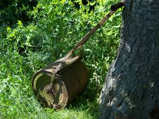 Free Lawn Roller Stock Photography - 5406462
