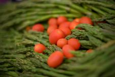 Free Asparagus And Cherry Tomatos Stock Images - 5407854