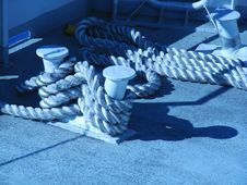 Ropes Of Mooring Royalty Free Stock Photography