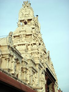 Free South Indian Temple Dome Royalty Free Stock Image - 5409386