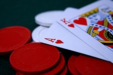 Free Ace And King Of Hearts On Poker Chips Royalty Free Stock Images - 5410539