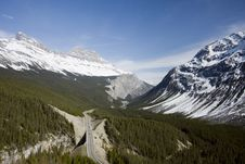 Free Canadian Rocky Mountains Royalty Free Stock Photo - 5411575
