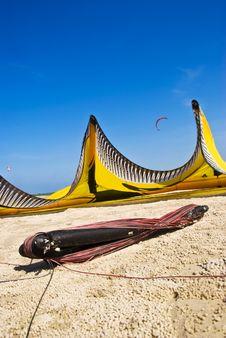 Free Kite Surfing Beach 2 Stock Photo - 5414630