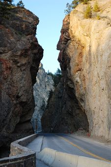 Free Road Through Canyon Royalty Free Stock Photos - 5415098
