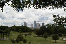 Free Metropolitan Green Space Royalty Free Stock Photo - 5418085