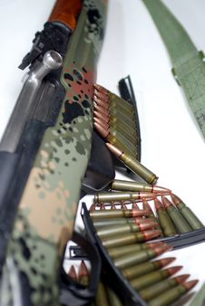 Free Military Rifle And Ammunition Royalty Free Stock Photo - 5423255