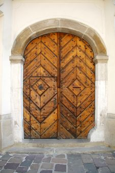 Free Old Oak Door Royalty Free Stock Photo - 5426685