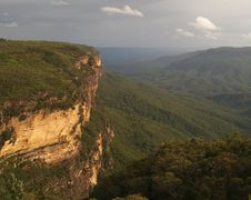 Free Blue Mountains Sandstone Crag Stock Photo - 5430740