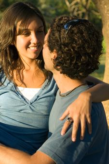 Free Smiling Couple Embrace - Close Up - Vertical Royalty Free Stock Photography - 5433277