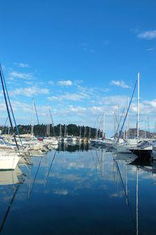 Free Tranquill Harbor Royalty Free Stock Photo - 5433825