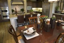 Free Luxury Home Dining Room And Kitchen. Stock Photos - 5434033