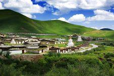 Free TANG KE Suokecang Temples Royalty Free Stock Photo - 5434925