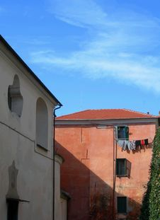 Free Orange Old House In Italy Stock Photography - 5437432