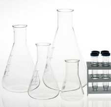 Free Chemical Equipment Royalty Free Stock Images - 5437469