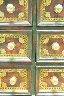 Free Antique Drawer Set. Stock Photo - 5441020