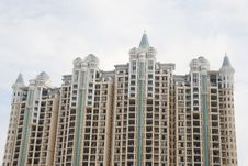 Free The Apartment Building Spires Royalty Free Stock Photography - 5445767