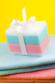 Free Towels And Sponges Royalty Free Stock Photo - 5445845