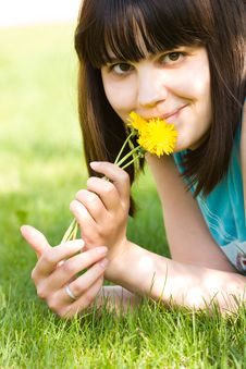 Free Girl With Dandelions Royalty Free Stock Photography - 5446767