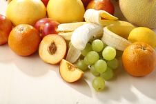 Free Fresh Fruits Stock Photography - 5447172