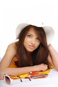 Free A Beautiful Girl In Bikini Layin Royalty Free Stock Images - 5447639