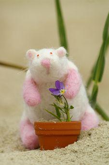 Felt Mouse Whit Flower Stock Photography