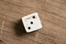 Free Old Dice Stock Image - 5450571