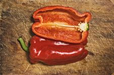 Free Red Pepper. Royalty Free Stock Photos - 5450828