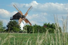 Free Windmill Stock Image - 5456831