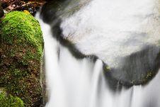 Free Small Waterfall Stock Photo - 5457840