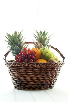 Free Fruit Filled Basket Royalty Free Stock Photos - 5458738