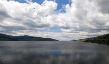 Free Lake & Sky Royalty Free Stock Photography - 5460377