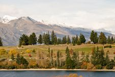 Free The Remarkables And Lake Wakatipu Royalty Free Stock Photography - 5461217