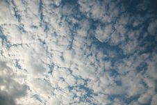 Free Clouds Background Texture Stock Photo - 5464600