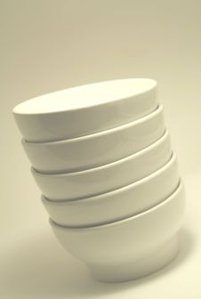 Free Stacked Bowls Royalty Free Stock Photography - 5464627