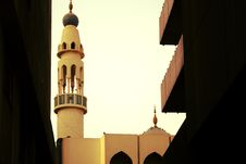 Free Ensconed Mosque Stock Photography - 5465732