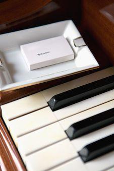 Free Piano Keyboard And Ashtray Stock Photo - 5466400
