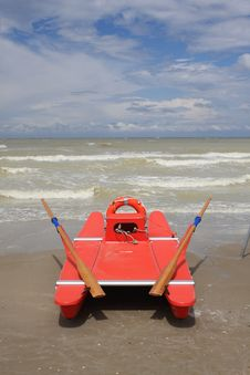 Free Lifeguard Station, Italy Royalty Free Stock Images - 5470029
