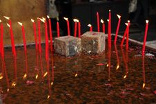 Free Burning Candles In The Water Pan Stock Photo - 5471510