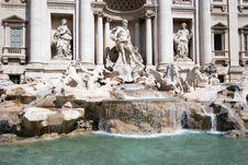 Free Trevi Fountain Royalty Free Stock Photo - 5473375