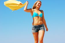 Free Enyoing Summertime Stock Photo - 5473710
