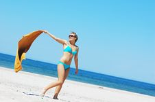 Free Enyoing Summertime Stock Photo - 5473740