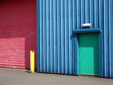 Free Vivid Wall Doors And Post Stock Image - 5476941