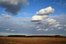 Free Light Clouds In The Sky Stock Image - 5477201