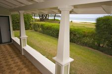 Free Oceanfront Lanai Royalty Free Stock Photo - 5478605