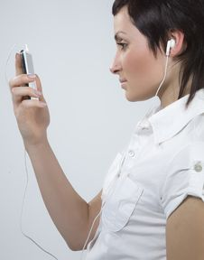Free Girl With Mp3-player Stock Photos - 5479403