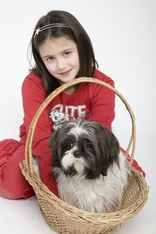 Free Child With Dog Pet Royalty Free Stock Images - 5482999