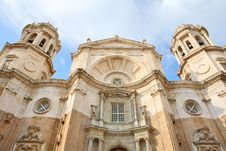 Free Cathedral In Cadiz (Spain) Royalty Free Stock Photography - 5484057