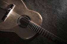 Free Acoustic Guitar Stock Photography - 5484832