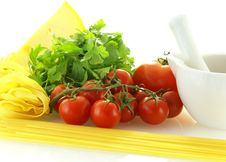 Free Fresh Ripe Tomatoes With Parsley, Cheese And Pasta Stock Image - 5485241